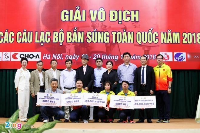 Doi ban sung Viet Nam nhan hang chuc nghin USD tien thuong sau ASIAD hinh anh 1