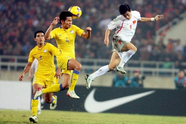 Ban thang dua Viet Nam vo dich AFF Cup 2008 la pha dan xep loi hinh anh