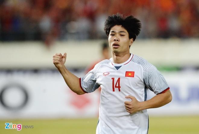 Với Công Phượng, Việt Nam toàn thắng trước Malaysia ở mọi cấp độ