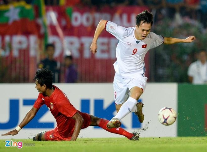 Van Toan se tro lai neu tuyen Viet Nam vao chung ket AFF Cup 2018 hinh anh 1