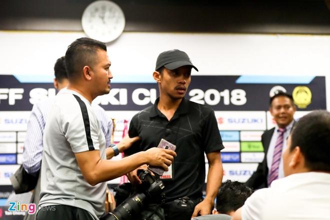 Phong vien Viet Nam va Malaysia gay go truoc chung ket AFF Cup hinh anh 1