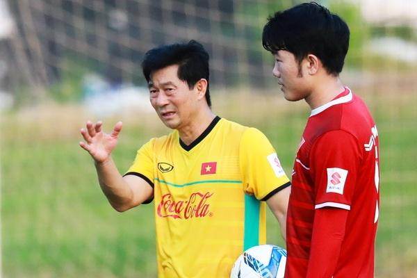 Tro ly HLV Park Hang-seo: Co nhung tuyen thu goi toi la 'cha' hinh anh
