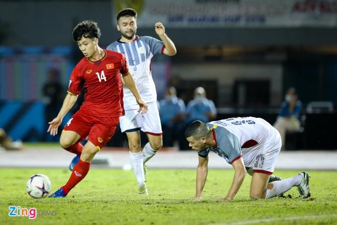 Viet Nam vs Philippines (4-2): Doan ket hoan hao cho nam 2018 hinh anh 1