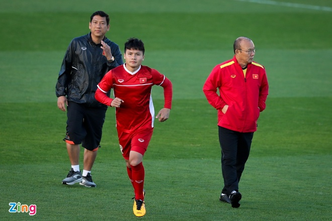 HLV Park Hang-seo dan rieng Quang Hai anh 2