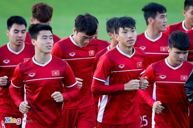 HLV Park Hang-seo muon xep Van Hau thay Duy Manh doi dau Yemen hinh anh 1