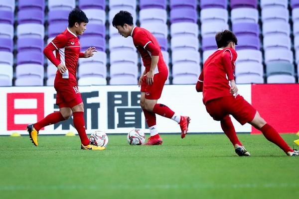 Tuyen Viet Nam lan dau tien khong duoc thu san o Asian Cup 2019 hinh anh