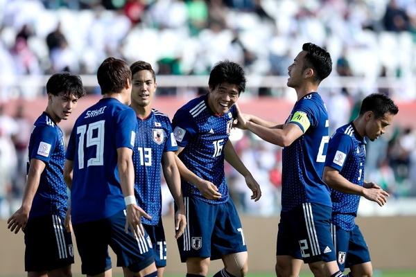 'Sieu phong ngu' Nhat Ban thang Saudi Arabia de vao tu ket Asian Cup hinh anh