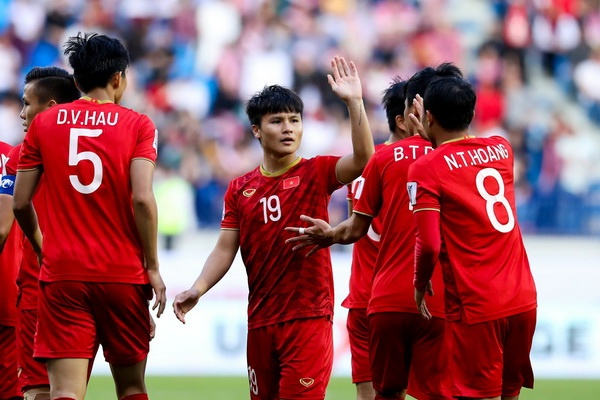 Bao nhieu nguoi hung Asian Cup du tuoi du SEA Games 2019? hinh anh
