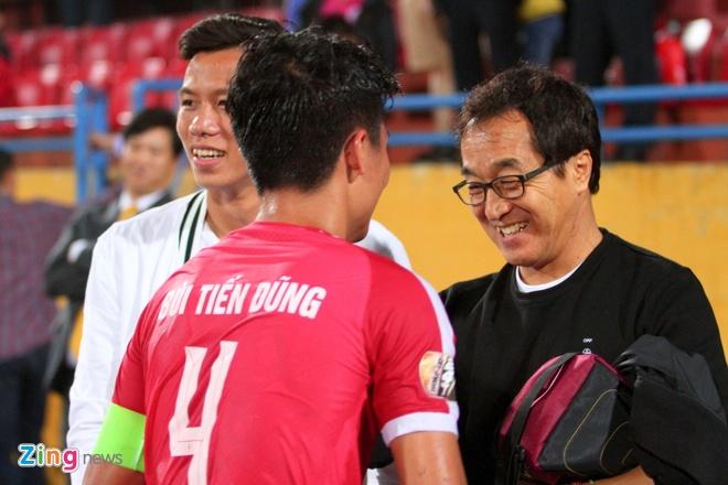 Thay Park 'mach nuoc' cho HLV Viettel danh bai Thanh Hoa hinh anh 2