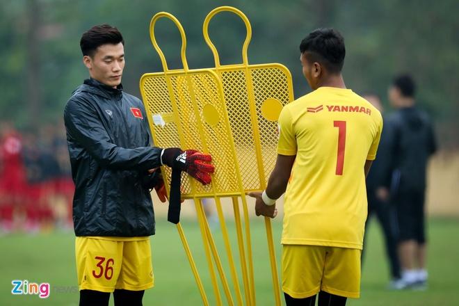 Bui Tien Dung du bi o CLB nhung la su lua chon so mot tai U23 Viet Nam hinh anh 3