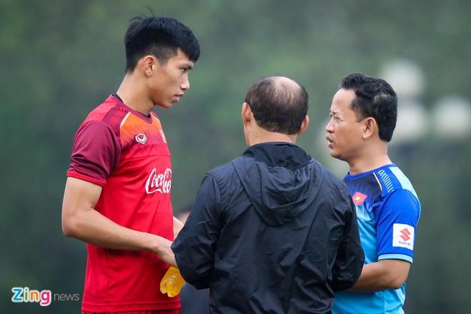 HLV Park Hang-seo can dan Bui Tien Dung truoc ngay gap Brunei hinh anh 4