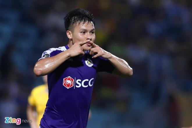 Ghi ban dau tien tai V.League 2019, Quang Hai duoc thay khen dang cap hinh anh 1