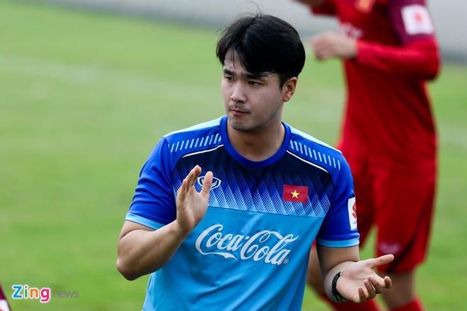 Tro ly HLV Park sang Nhat Ban xem ngoi sao Thai Lan tap luyen hinh anh 1