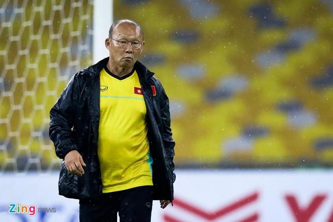 HLV Park Hang-seo chi gap Alex Dang, bo qua Filip Nguyen hinh anh 1
