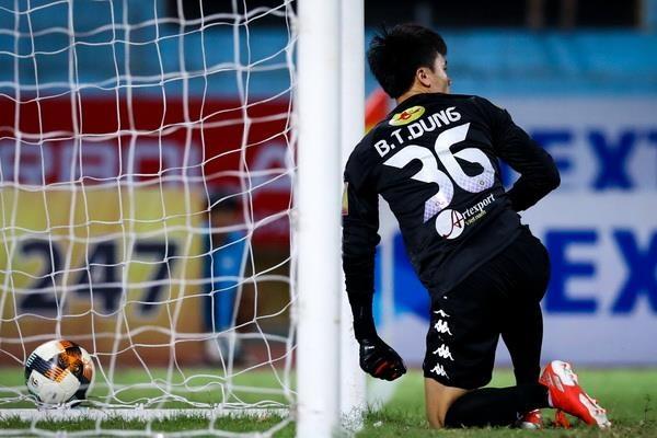 4 ban thua cua Bui Tien Dung sau 2 tran tai V.League 2019 hinh anh