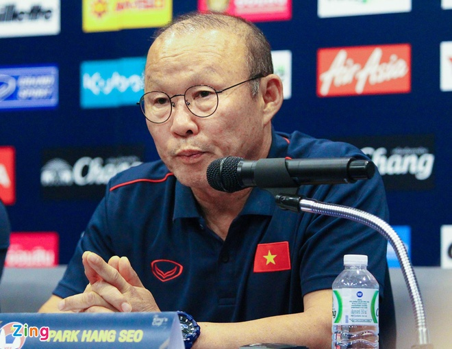 Thầy Park khẳng định quyết tâm trước trận gặp Curacao ở chung kết. Ảnh: Quang Thịnh.
