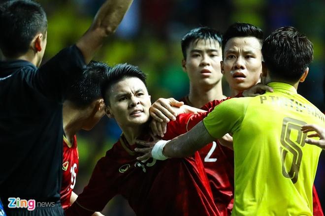 Viet Nam cung bang voi Thai Lan,  UAE anh 1