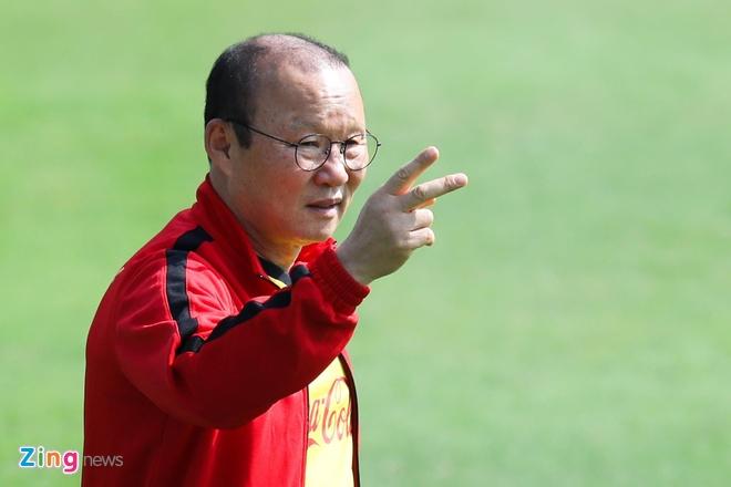 Tuyen Viet Nam va U23 cung hoi quan truoc tran gap Thai Lan hinh anh 1