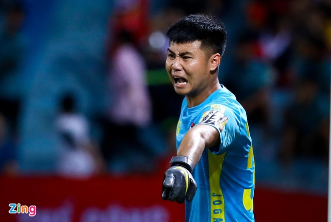 Bui Tien Dung - Van Toan: Ai la so mot o U22 Viet Nam? hinh anh 2