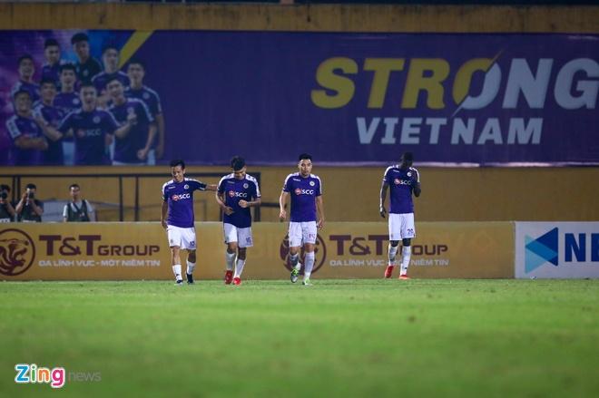 Vi sao tuyen Viet Nam can Ha Noi vo dich V.League anh 2