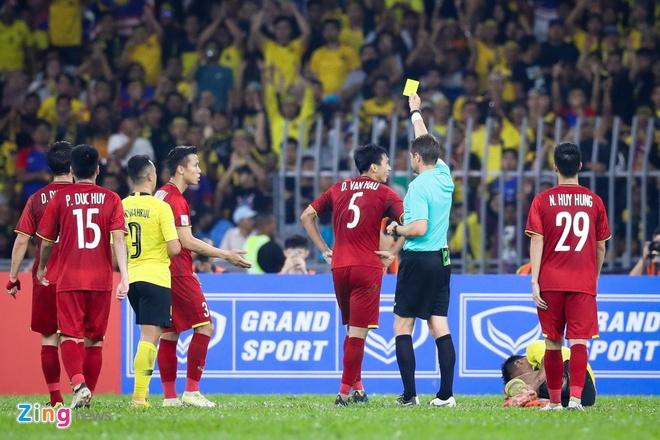 Tai sao HLV Park lo Malaysia tan cong vao vi tri cua Van Hau? hinh anh 1