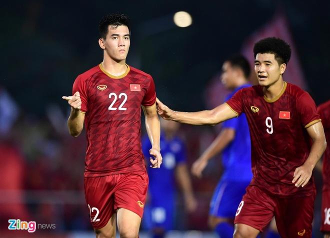 Duc Chinh, Tien Linh - sung hai nong cua U23 Viet Nam o chau A hinh anh 1 Duc_Chinh_vs_Tien_Linh_zing.jpg