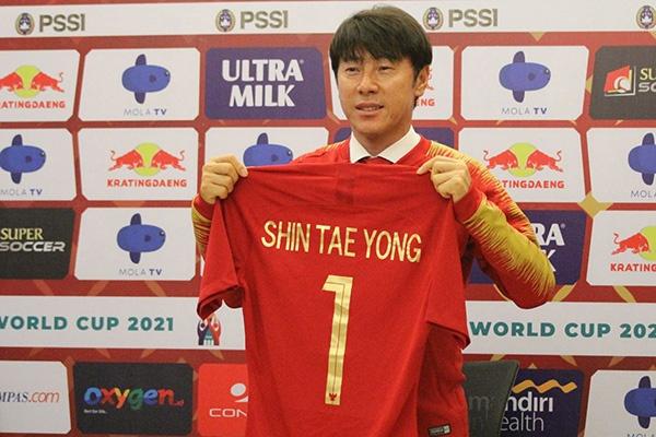 Thay Han mang cau thu Indonesia da khong bang hoc sinh tieu hoc hinh anh 1 Shin_Tae_yong.jpg