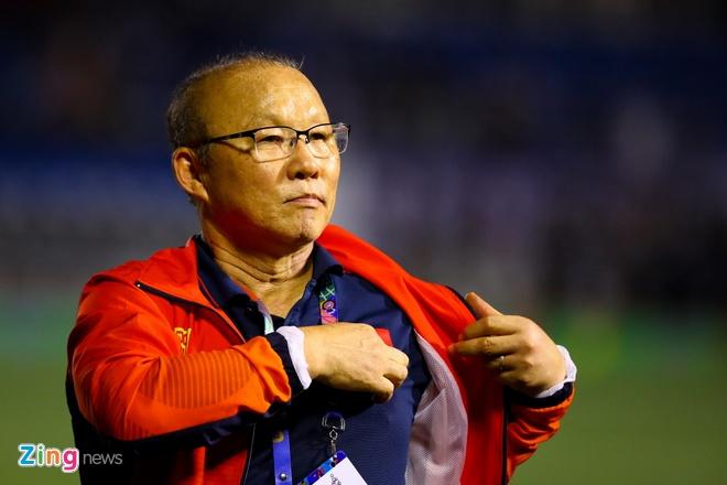 HLV Nishino giam 50% luong, thay Park van duoc dam bao quyen loi hinh anh 3 Park_Hang_seo_3_zing.jpg