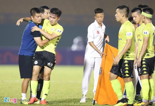 Quang Hai vs Binh Duong anh 2