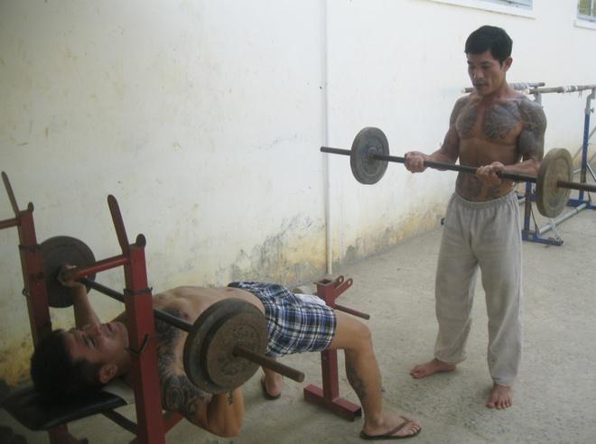 Noi cai nghien co phong massage, xong hoi hinh anh 4 Tập thể hình