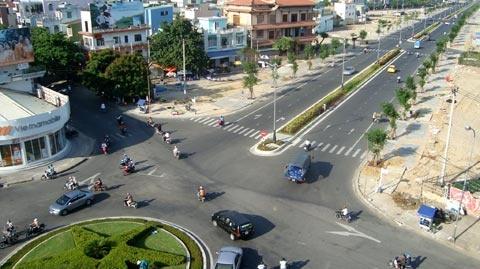 De nghi dat ten duong Nguyen Ba Thanh o Da Nang hinh anh 1 Nhiều đại biểu đề nghị lãnh đạo TP Đà Nẵng đặt tên đường Nguyễn Bá Thanh.