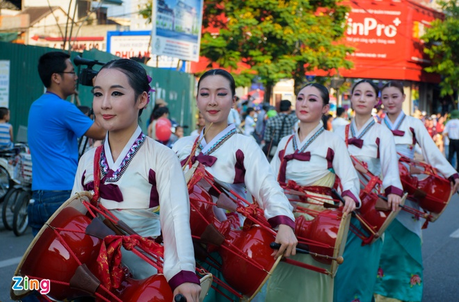 23 quoc gia trinh dien le hoi duong pho Festival Hue hinh anh 6