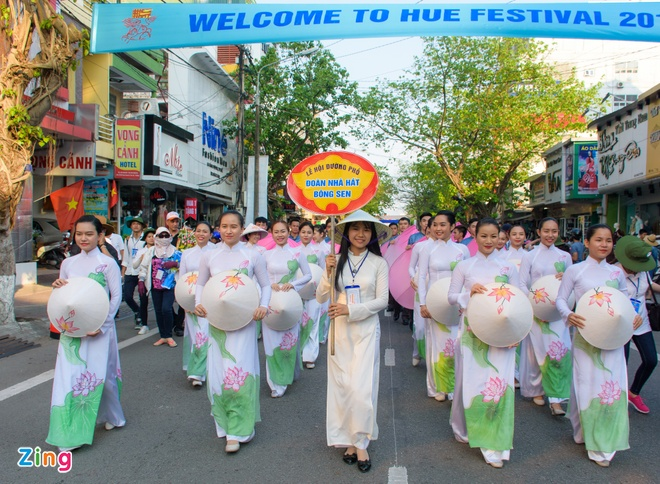 23 quoc gia trinh dien le hoi duong pho Festival Hue hinh anh 1