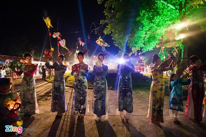 Dem ve mien Huong Ngu tai Festival Hue hinh anh 16