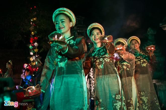 Dem ve mien Huong Ngu tai Festival Hue hinh anh 10