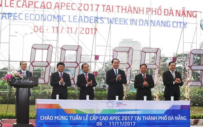 Da Nang lap dong ho dem nguoc don Hoi nghi Cap cao APEC 2017 hinh anh 2