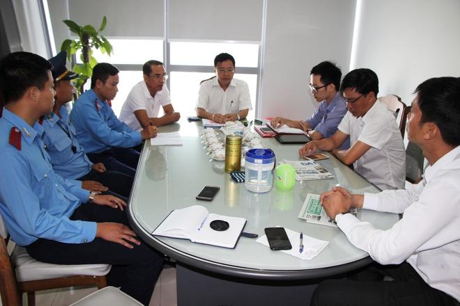 Bi thu Nguyen Xuan Anh yeu cau xu nghiem vu taxi 'chat chem' du khach hinh anh