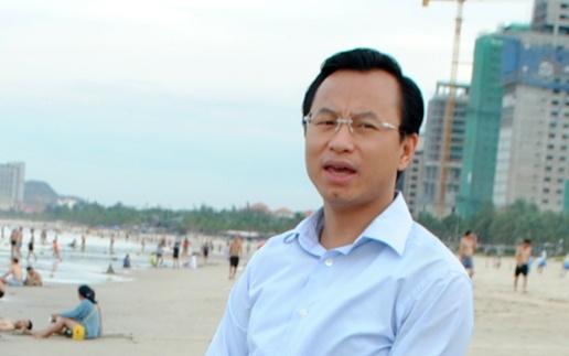 Bi thu Nguyen Xuan Anh lang le thi sat bai bien Da Nang hinh anh