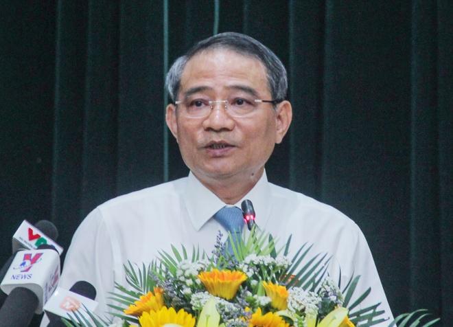 Bi thu Da Nang: 'Khong co viec ha canh an toan, nghi huu la xong' hinh anh