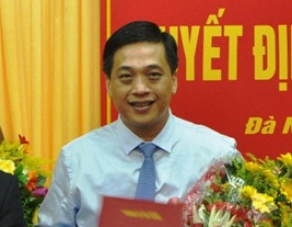 Ong Dao Tan Bang 'phu phep' de Da Nang giao dat Son Tra cho nguoi than hinh anh