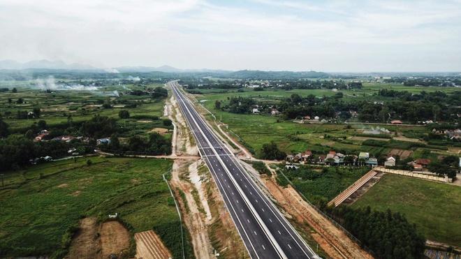 'Ma tran' ban thau tai goi A5 cua du an cao toc Da Nang - Quang Ngai hinh anh