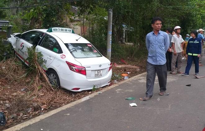 Taxi Vinasun vuot au tong xe may lam 2 ba chau thiet mang hinh anh 1