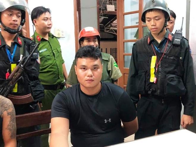 Luc luong 911 bat nam sinh mua 'thuoc lac cu meo' dai ban hinh anh 1