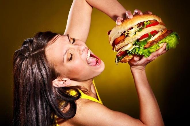 Cach an burger dung chuan, khong lo chay sot va rot nhan hinh anh