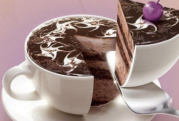 14 tiếng làm tuyệt phẩm bánh kem y như ly cà phê thật