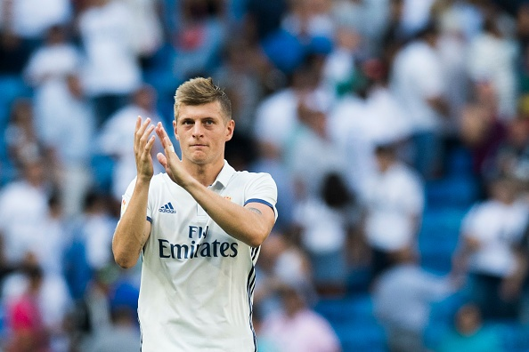 Toni Kroos gia han hop dong voi Real Madrid anh 1