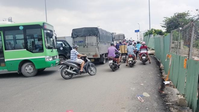 Chi 100 ty giam do doc cau Pham Van Chi o Sai Gon hinh anh