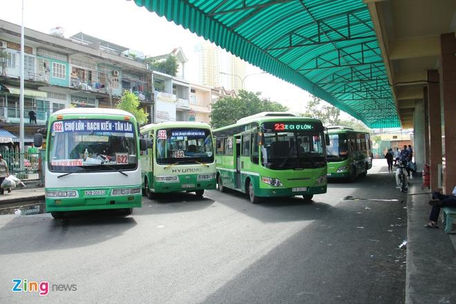 TP.HCM tang 92 chuyen xe buyt dip le Tet Duong lich 2019 hinh anh
