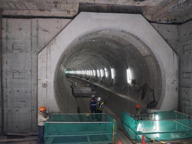 Chủ tịch TP.HCM nói về việc tạm ứng kinh phí xây tuyến metro số 1
