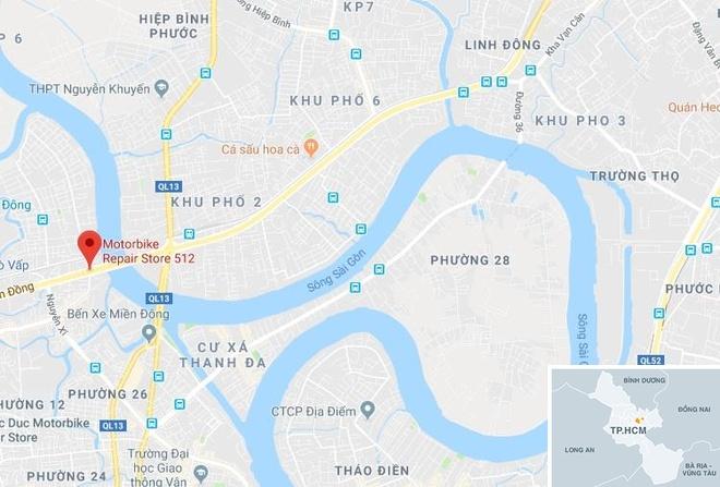 Chay xe may tren cau Binh Loi, giao thong un tac hon 2 km hinh anh 3